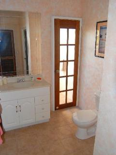 Bathroom#2 (Back Bathroom)