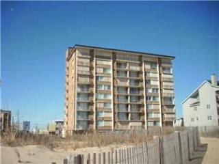 2Br/2Ba DIRECT Oceanfront Condo - BOOKING FOR 2007, Ocean City