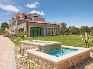 Holiday villa for rent, Murter, Sibenik