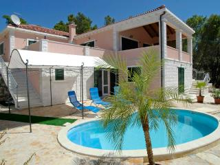 Seafront villa for rent, Korcula island