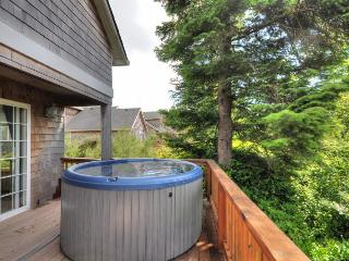 Dog-friendly beach house on nature preserve! Includes private hot tub, game room, Rockaway Beach
