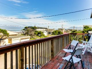 Dog-friendly getaway, w/ocean views, beach just one block away!