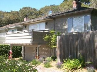 Carmel-by-the-Sea Cottage PC1700, 30 DAY RENTAL