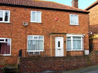 SEA VIEWS, sea views, pet-friendly, close to seafront, in Scarborough, Ref 23664