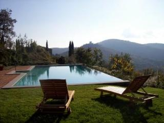 House  in Tuscany with private infinity pool, Civitella in Val di Chiana