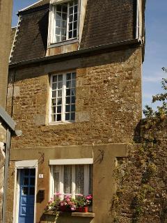 GwenCameron Cottage