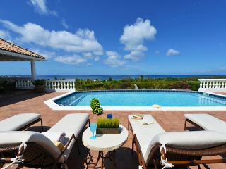 Villa Mer Soleil SPECIAL OFFER: St. Martin Villa 80 This Gorgeous Villa Is Very Sophisticated And Elegant. Can Be Rented As A 3-5 Bedroom Villa., Terres Basses