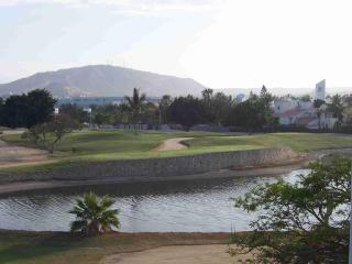 Ocean + Golf View! - walk to beach & village, 2bd