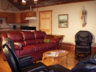 The Trout's End suite of the Lodge, Norfork