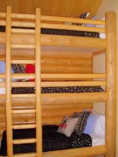Kids love the built in triple bunk beds in the loft bedroom