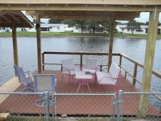 2 Bedroom waterfront vacation retreat