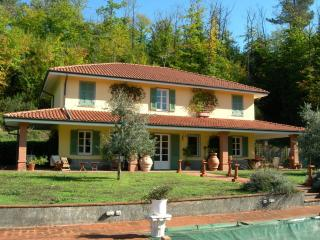 Villa Bolano Villa in Liguria, holiday let in cinqueterre Italy, vacation villa