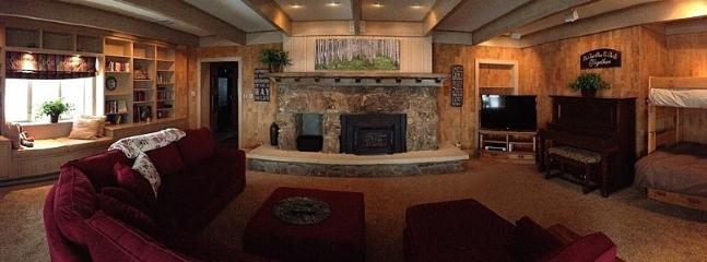 Family Room: piano, 50' HDTV, Blu-ray/DVD, AppleTV, fireplace, videos/games/books/toys for all ages.