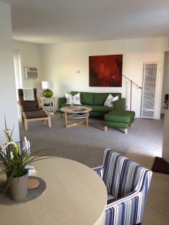 Living room #4 (Deluxe One Bedroom)
