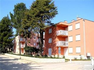 34090-Apartment Novigrad