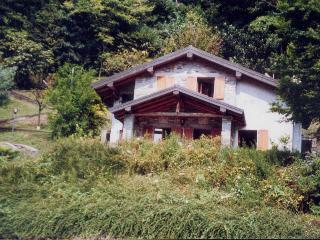 Casina di Caldè, Castelveccana