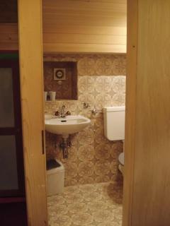 entrance floor toilets