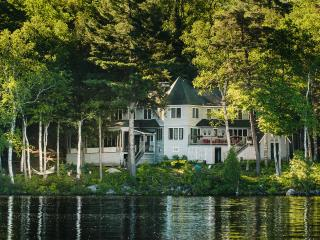 Camp To-No-Na fall issue of Adirondack Life Homes, Saranac Lake
