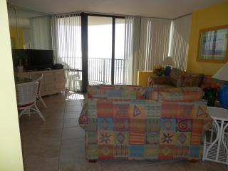 Relaxing 1 Bedroom Gulf Front Condo at Sunbird, Panama City Beach