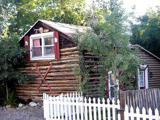 A Little Cabin in Red Lodge Montana