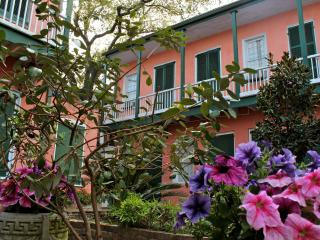 Courtyard Studio, Heart of the French Quarter, Nova Orleans