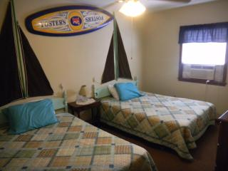 Surfside Shipwatch- Upstairs unit, Tybee Island