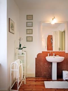 the private Ippocastano's bathroom