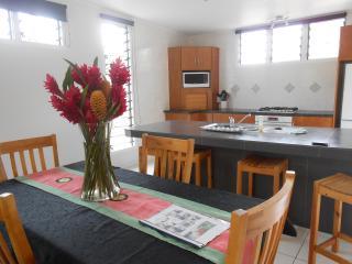 Modern holiday home in Muri, Rarotonga, Ngatangiia