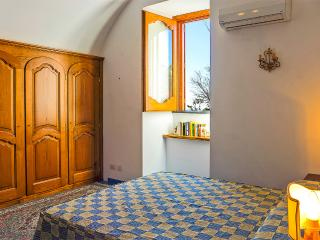 Double Bedroom at Lilmar 2 bedrooms house with pool in Praiano - Vettica Maggiore