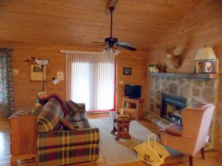 comfortable times in the cozy cabin on the Cumberland Plateau