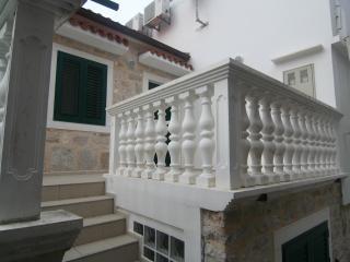 Lovely stone house on island Prvic