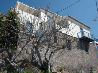 POROS HOLIDAY HOUSE, Poros