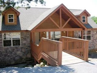 Bearadise- 2 Bedroom, 2 Bath Stonebridge Golf Resort Lodge, Branson West