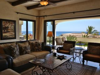 Wonderful 3 BD Condo with stunning ocean views!, San Jose del Cabo