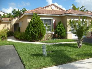 Beautiful House in Pembroke Pines
