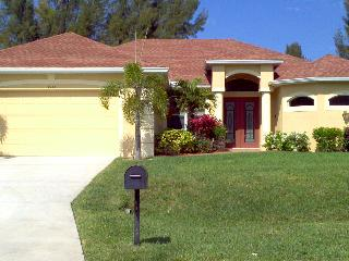 Ashley Vacation Villa, Cape Coral