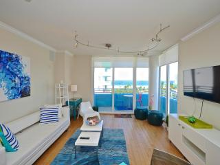 Relax on your balcony with breathtaking Ocean Views- 2 BD South Beach SoFi, Miami Beach
