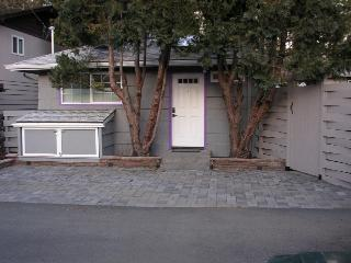 Private parking, entry and storage unit