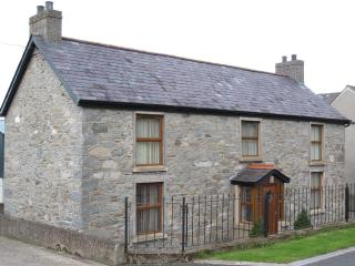 Grove Fort, Self Catering Farmhouse, sleeps 6.