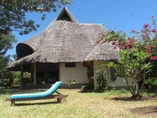 Villa Baobab Diani Beach, Ferienhaus in Kenia