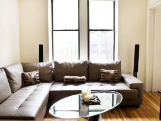 OMG!! THIS IS IT!! STUNNING TWO BED IN HELL'S KITCHEN, Nueva York