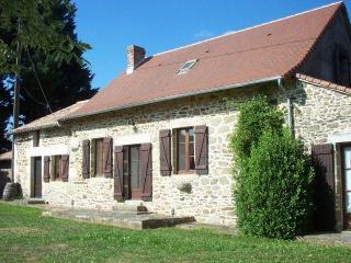 Chalet traditionnel rustique dans calme Village de Dordogne (près de Thiviers), Saint-Saud-Lacoussiere