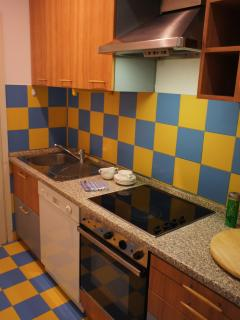 KITCHEN - FULLY EQUIPPED,DISH WASHER,OWEN,MICROWAVE...