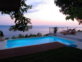 Luxury Villa Aurora**** near Split ,heated pool