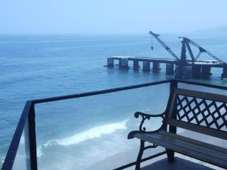 3 bedroom apartment on the beach, Vina del Mar