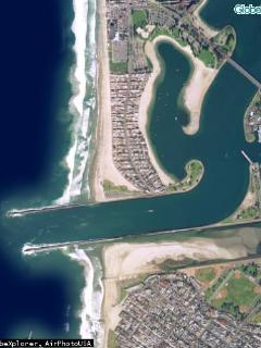Aerial View of South Mission Beach Note walking/bike routes all along the water