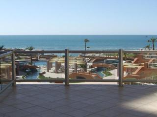 Las Palomas Beautiful & Elegant 2nd fl w/ext Patio, Puerto Penasco