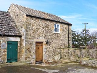 STONETROUGH BARN, luxury romantic barn conversion in Newton le Willows Ref 22290, Newton-le-Willows
