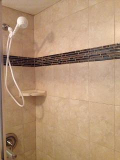 Front bedroom tile shower