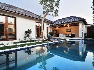SEMINYAK, Great Value, 2 Bdr, Near Beach, New